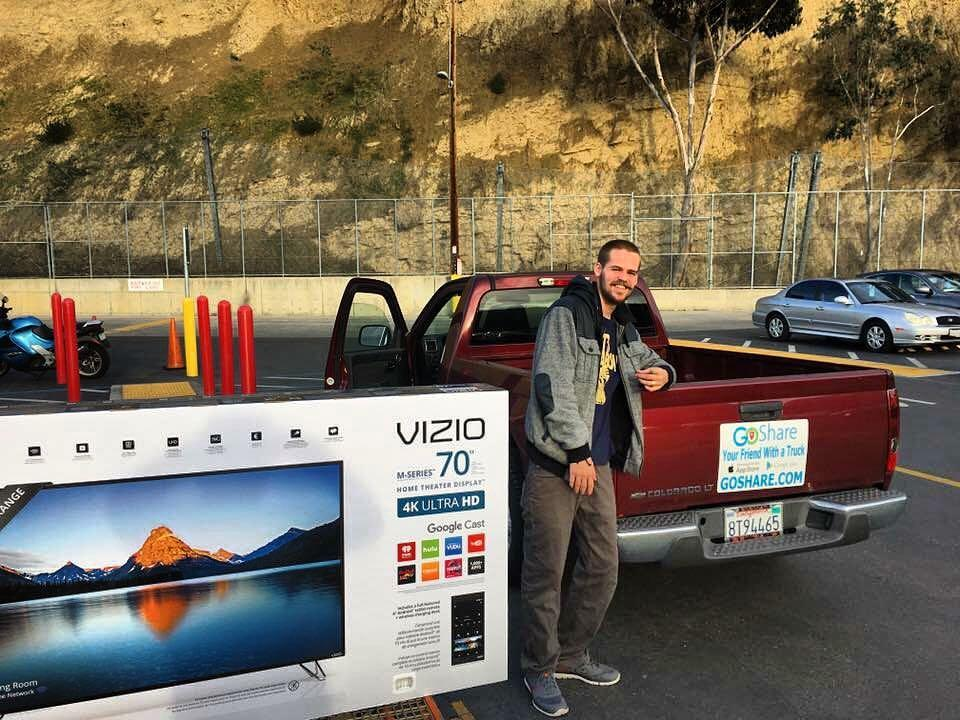 How To Safely Transport Televisions And Large Items In Pickup Trucks