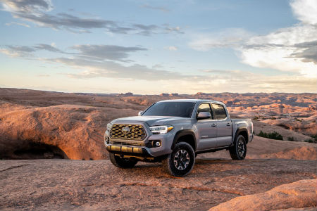 2020 Toyota Tacoma Parked Near a Cliff Edge in a Desert